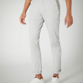 Slim leg cotton stetch chino